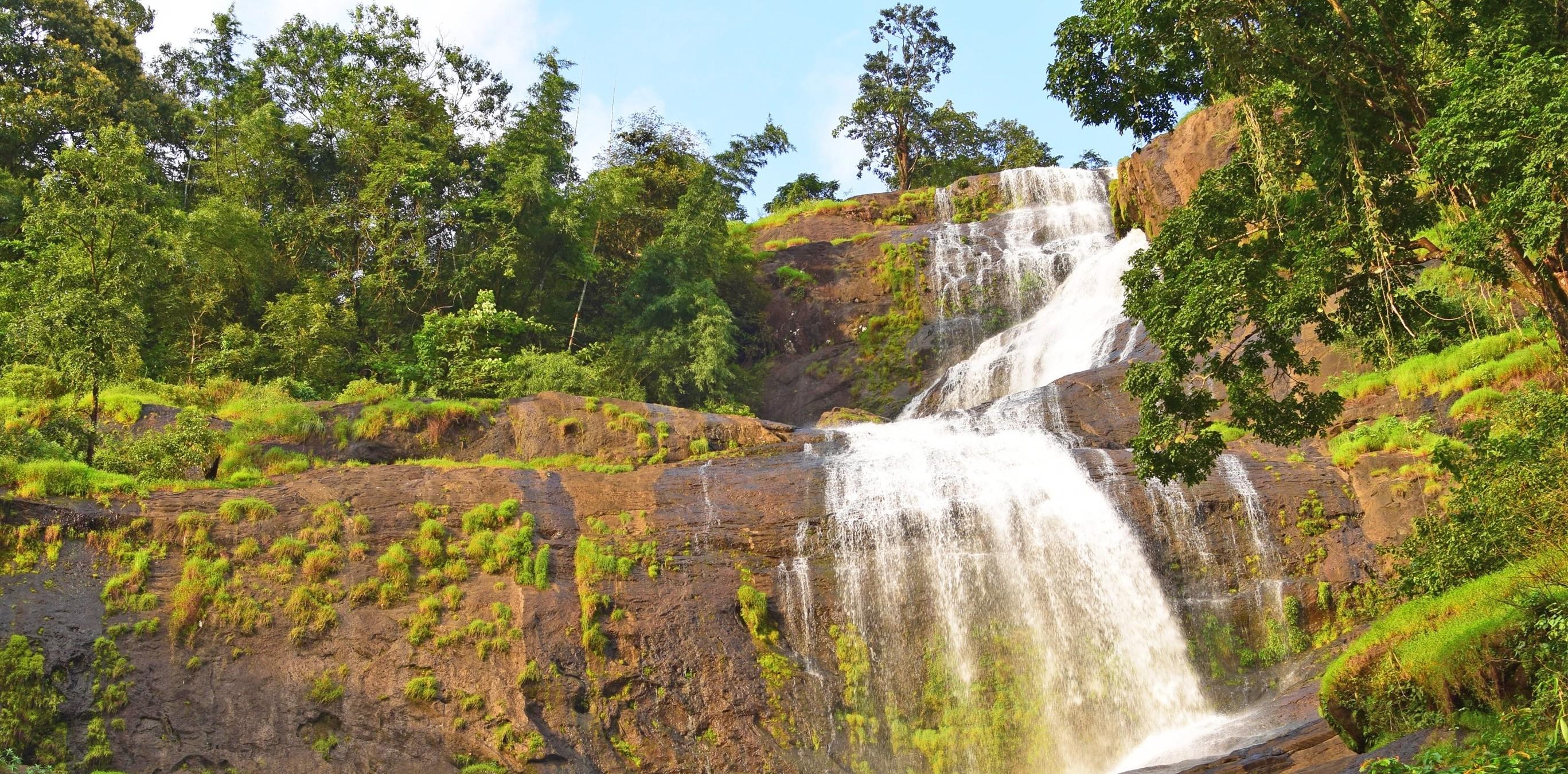 Cheeyappara-Falls-Top-Attractions-in-Munnar