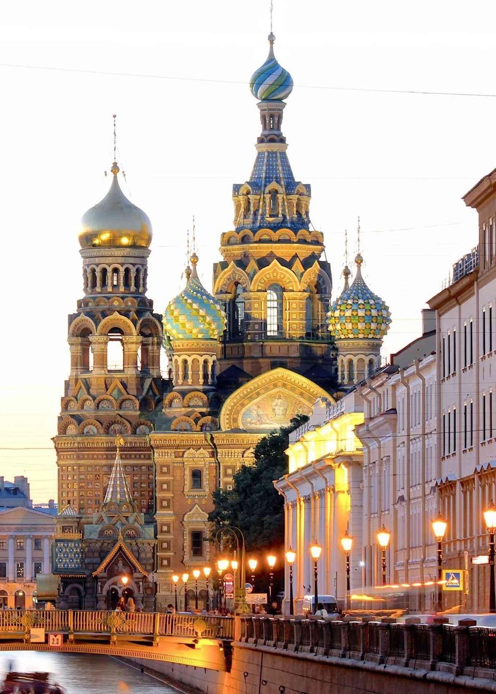St.-Petersburg,-Russia-Unlikely-Honeymoon-Spot